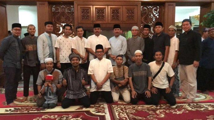 Bupati Kukar Gelar Bukber Dengan Awak Media, Siap Terima Kritik Konstruktif Demi Kemajuan Daerah