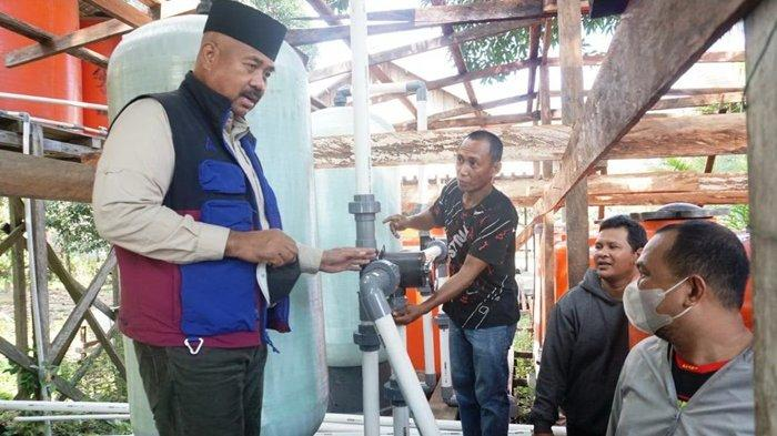 Tinjau Pamsimas Desa Menamang Kanan-Kiri, Bupati: Pemkab Serius Soal Air Bersih