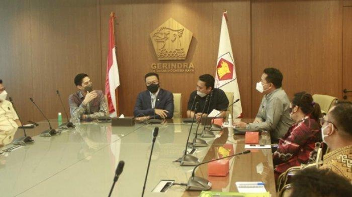 Bupati Mahulu Temui Komisi I DPR RI, Perjuangkan Telekomunikasi dan Perhubungan di Perbatasan