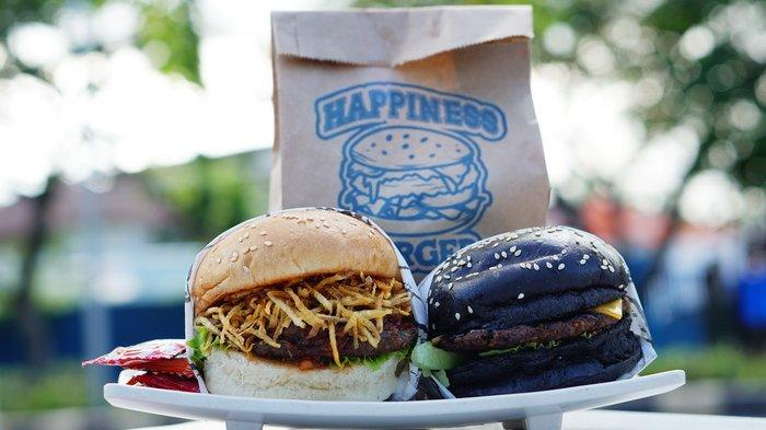 Hal yang Bikin Bahagia adalah Makan Enak, Cobain Dulu Burger Isi Crispy Potato ala Happines Burger