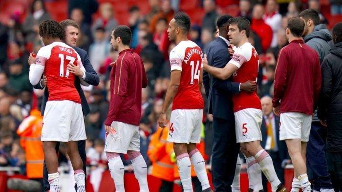 Tinggalkan Arsenal, Inilah Momen Petr Cech dan Aaron Ramsey Ucapkan Salam Perpisahan