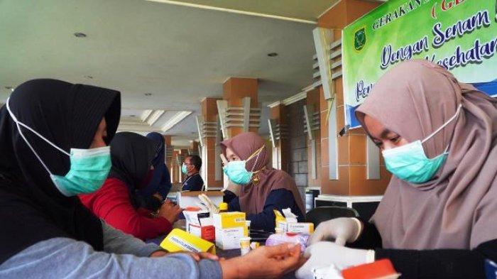 Usai Senam Pagi Bersama, Seluruh ASN Pemkab Berau Ikuti Pemeriksaan Kesehatan