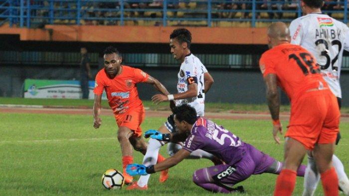 Titus Bonai Benarkan Sudah Teken Kontrak Bersama Bhayangkara FC Sebelum Gabung Borneo FC Samarinda