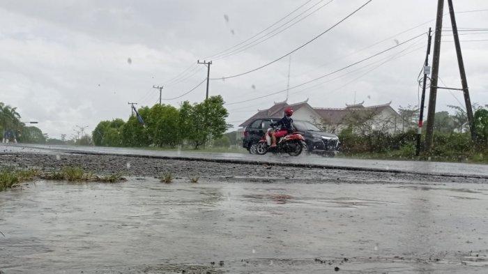 Prakiraan Cuaca BMKG di Malinau Senin 7 Juni 2021, Waspada Hujan Petir Berpotensi Terjadi Malam Hari