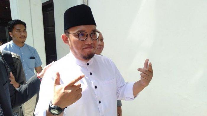 Setelah Prabowo, Politikus Dahnil Anzar juga Masuk Barisan Jokowi, Ada Pengenal Khusus Saat Bertugas