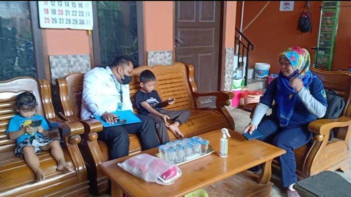 KISAH Pilu 2 Bocah Kaltim yang Kehilangan Orangtua Gara-gara Covid-19, Anggap Sang Ayah Masih Hidup