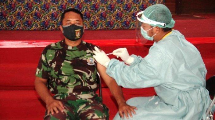 Danramil 03/Long Bagun Lettu InfI Wayan Sudiarsa dan sejumlah kepala OPD di Lingkungan Pemkab Mahulu.