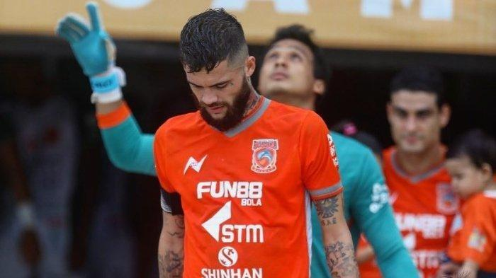 Dikabarkan Tinggalkan Borneo FC Menuju Persib, Diego Michiels Ungkap Faktanya