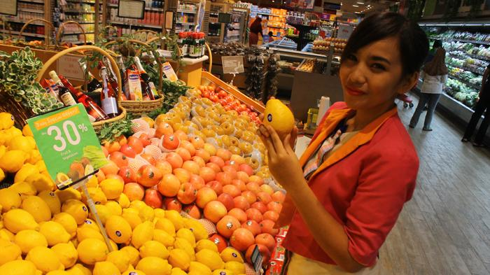 Kebutuhan Pokok Habis di Tengah Wabah Virus Corona, Begini Cara Aman Belanja ke Supermarket
