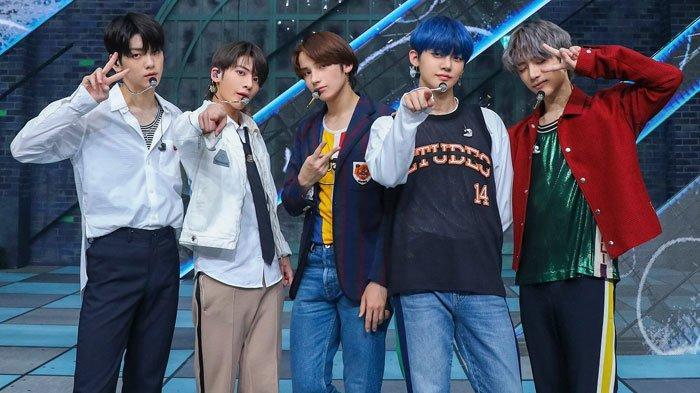 Download Lagu Run Away - TXT, Grup Kpop Adik BTS yang Baru Comeback Album The Dream Chapter: MAGIC