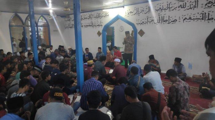 BREAKING NEWS-Diduga Aliran Sesat, Majelis Didatangi Warga, Dugaan Aktivitas Asusila Antar Jamaah