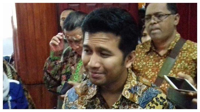 Emil Dardak Masuk Bursa Menteri Jokowi, Suami Arumi Bachsin Berada di Jakarta Kemarin