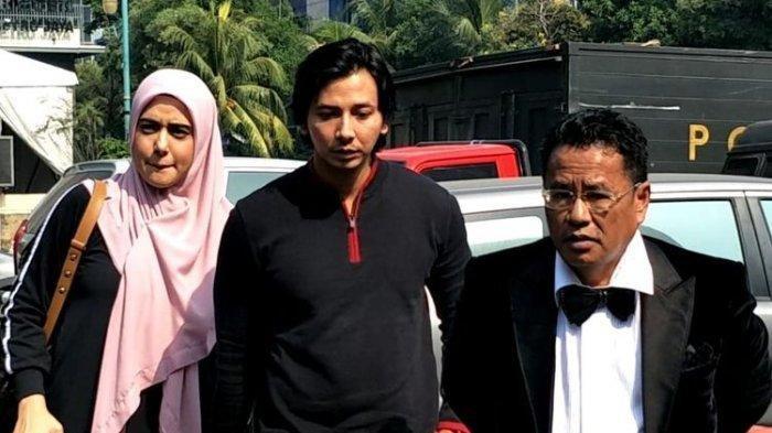 Fairuz Bersyukur Galih Ginanjar dkk Jadi Tersangka, Hotman Paris Tanya Perasaan Farhat Abbas