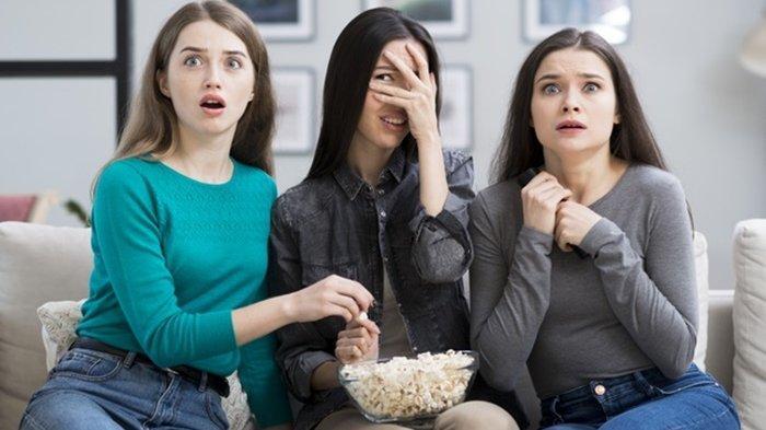 Intip 4 Tipe Zodiak saat Menonton Film Horor, Ada yang Reaksinya Bikin Copot Jantung, Kamu?