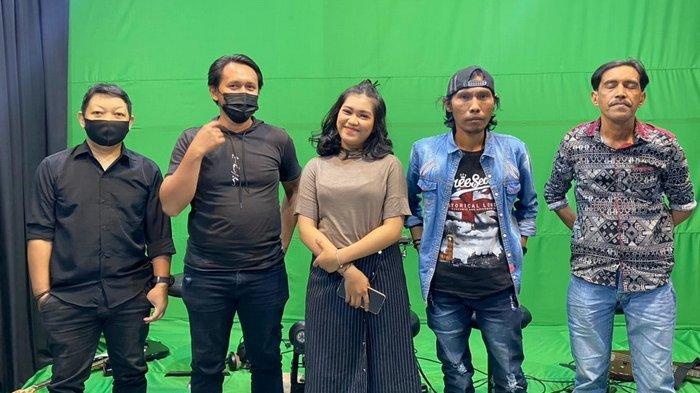 Forkap Band, pengusung genre pop daerah/nasional asal Nunukan, Kalimantan Utara.