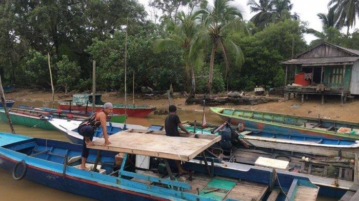 Kisah Nelayan dan Ikan Emas, Kunci Jawaban Tema 8 Kelas 4 Halaman 143 144 145 146 147 Buku Tematik
