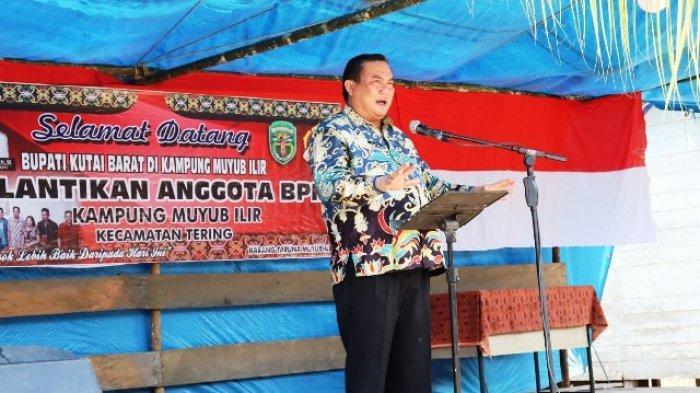 Hadiri Pelantikan Badan Permusyawaratan Kampung Muyub Ilir, Bupati Kubar Imbau untuk Bersinergi