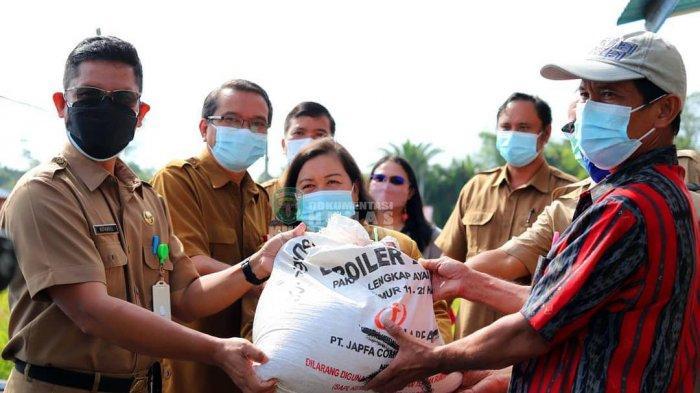 Perkuat Ketahanan Pangan Kala Pandemi Covid-19 di Kutai Barat, Pemkab Beri Mesin Giling Padi