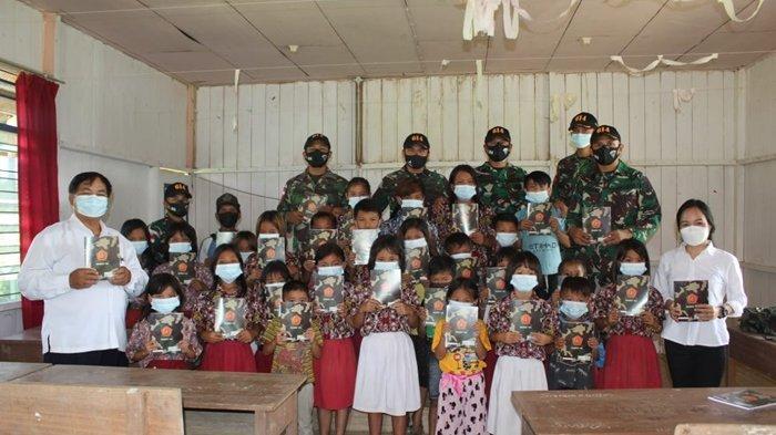 Peduli Sekitar, Prajurit Satgas Pamtas RI-Malaysia Yonif 614/Rjp Mengajar di SDN 009 Malinau Barat