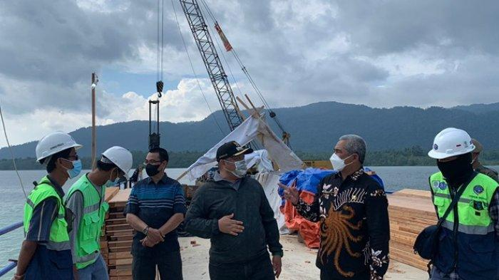 Tinjau Pembangunan Dermaga Teluk Sulaiman, Wabup Berau Sebut Bisa Digunakan 2024 Mendatang