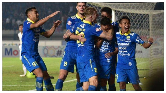 Gantikan Kevin van Kippersluis Persib Bandung Dikabarkan Rekrut Pemain PSS Sleman