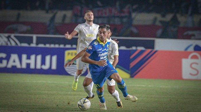 Gelandang Persib Bandung, Omid Nazari