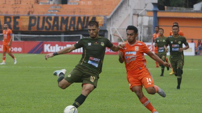 Tendangan Matias Conti Jelang Tutup Babak Pertama, Tambah Gol Borneo FC, 2-0 Atas PS Tira Persikabo