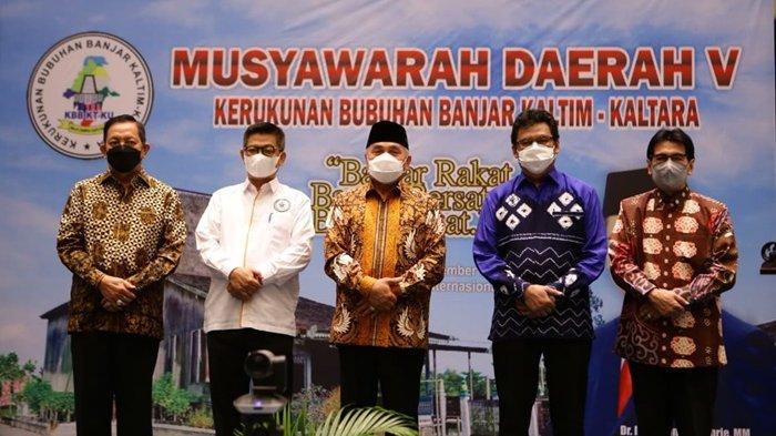 Bawa Pesan Damai, Gubernur Isran Hadiri Musda Bubuhan Banjar