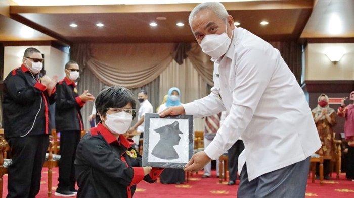 Gubernur Lantik Pengurus FPDK Periode 2021-2023, Kaltim Menuju Provinsi Ramah Disabilitas