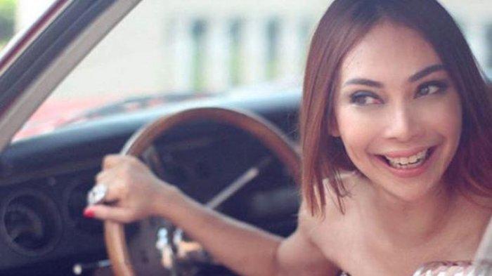 Potret Gusti Rosaline Istri Siri Eks Pejabat yang Dianiaya hingga Laporan Celana Dalamnya Hilang