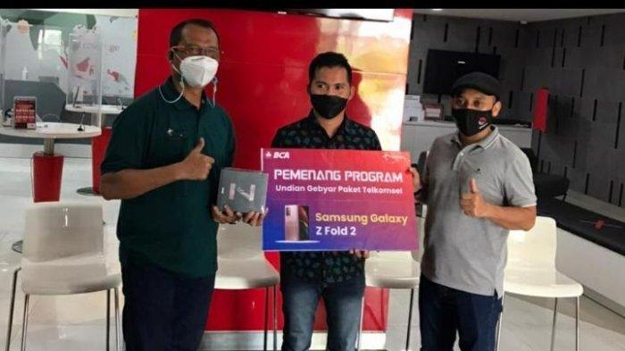 Warga Samarinda Dapat Smartphone Canggih, Bagian dari Undian Gebyar Paket Telkomsel