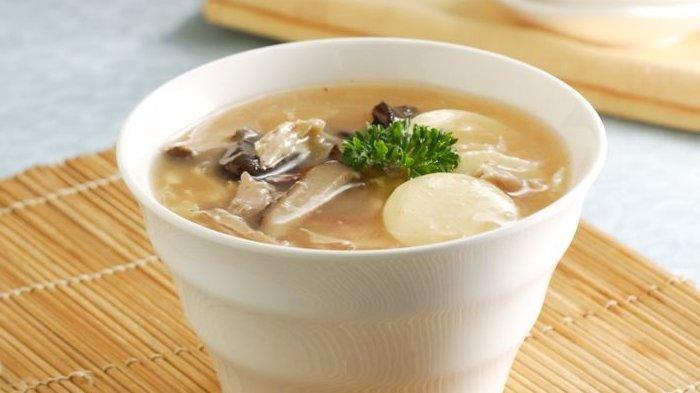 Cara Bikin Hot And Sour Soup, Cocok di Sajian ke Meja Makan Waktu Makan Malam