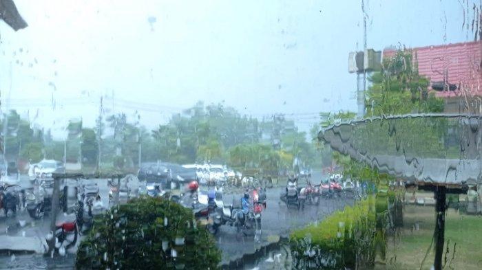 Prakiraan Cuaca Nunukan Minggu 2 Mei 2021, Hujan Ringan Sejak Siang Hingga Malam Hari
