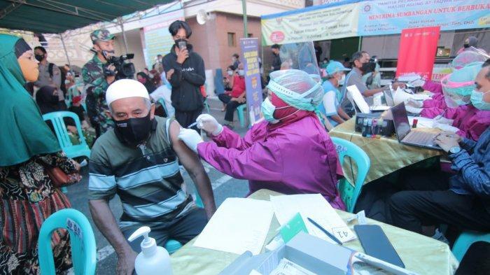 Vaksinasi Lansia di Balikpapan Dikebut, Satgas Covid-19 Turun ke Masjid-masjid