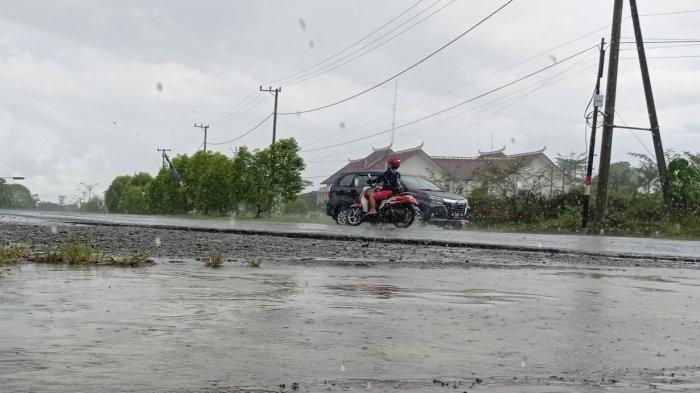 Peringatan Dini BMKG, Waspada Hujan Petir dan Angin Kencang di Seluruh Wilayah Kecamatan di Malinau