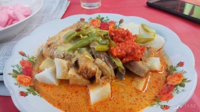 Rekomendasi Ketupat Sayur di Jakarta untuk Menu Sarapan, Ada yang Memiliki Cita Rasa Gurih Pedas
