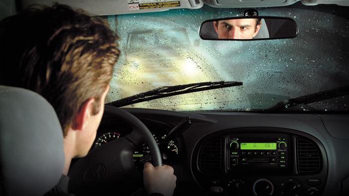Musim Hujan Telah Tiba, Hati-hati Mengemudikan Mobil, Ikuti Tips Aman Berikut Ini