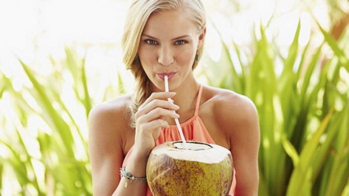 Tahukah Anda Inilah Minuman-minuman yang Bisa Mengusir Stres, Salah Satunya Air Kelapa