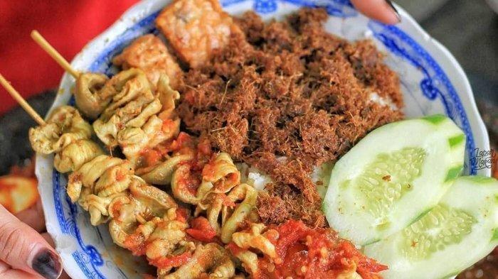 Rekomendasi Kuliner Malam di Surabaya untuk Menu Sahur, Sego Sambel Mak Yeye Buka Pukul 22.00-03.00