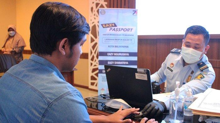 Jemput Bola, Imigrasi Balikpapan Beri Layanan Eazy Passport bagi Polisi di Mapolda Kaltim