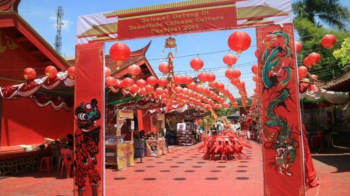Yuk, Intip Tradisi Unik Warga Tionghoa Saat Rayakan Imlek, Mulai Makan Bareng Hingga Makan Jeruk