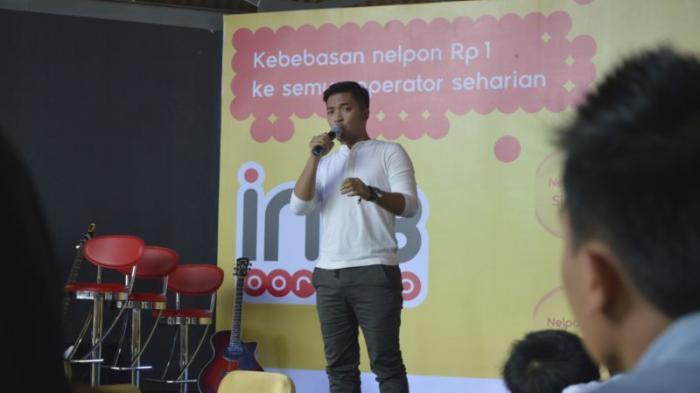 Ihsan Idol Hibur Peserta Promo Indosat Ooredoo di Samarinda