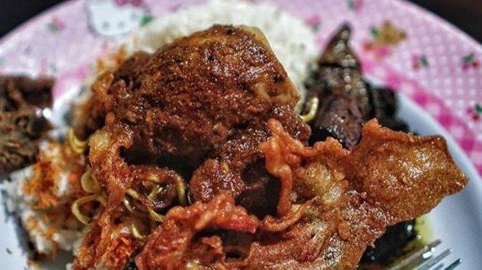 Salah Satunya Ada Nasi Cumi Waspada, Berikut ini 7 Kuliner Malam di Surabaya yang Menggugah Selera