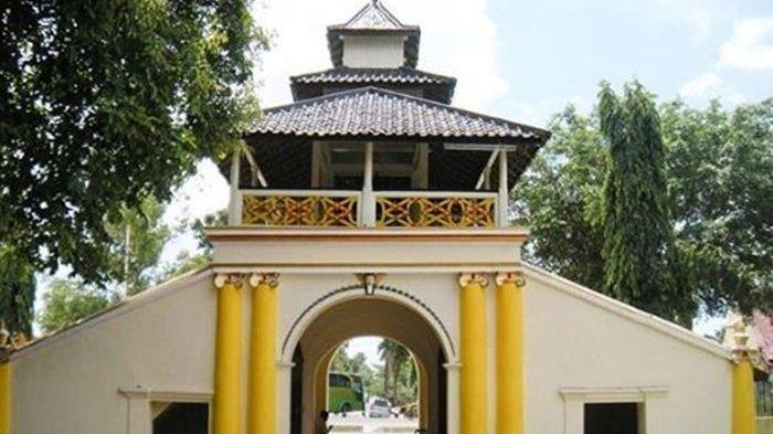 Cirebon hingga Yogyakarta, Berikut ini Rekomendasi 8 Tempat Wisata Keraton yang ada di Pulau Jawa