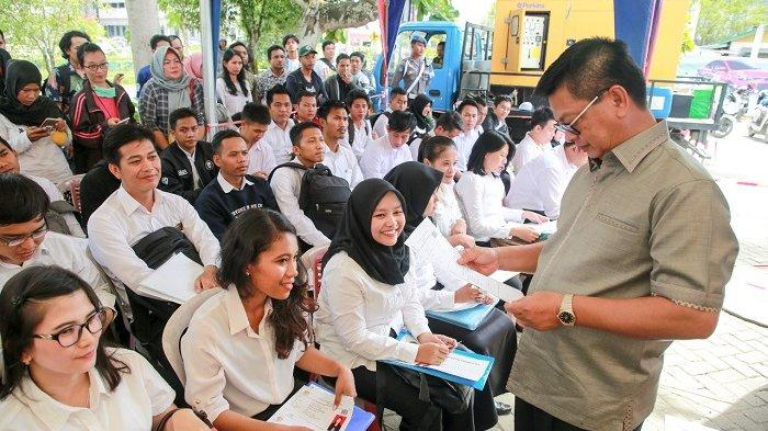 Umumkan Jadwal SKD CPNS Formasi 2019, Gubernur Irianto: Kelulusan Murni Prestasi Peserta Sendiri