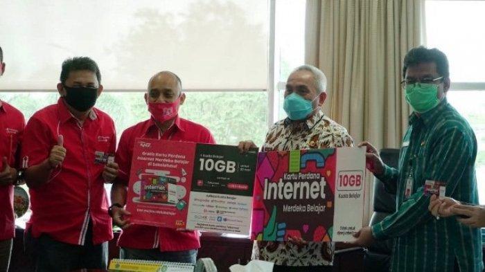 Pemprov-Telkomsel Hadirkan Kartu Internet Merdeka Belajar untuk 160 Ribu Pelajar di 1022 Sekolah