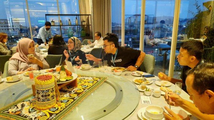 Mercure Hotel Samarinda Buka Puasa Ramadhan 2021, Mengenalkan Kuliner Nasi Bekepor