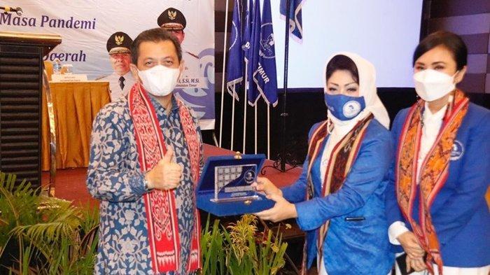 Buka Musda ke-1 DPD Iwapi Provinsi Kaltim, Wagub: Teruslah Berkarya Membangun Kaltim