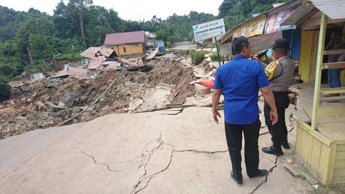 Pemulihan Jalan yang Longsor Masih Berlangsung, Ditargetkan Rampung Dalam Dua pekan