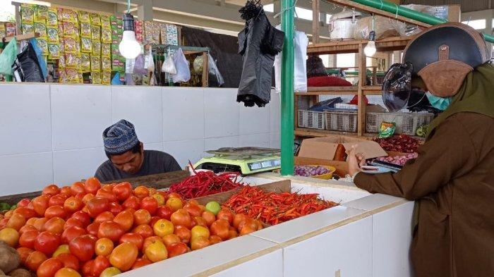 Jelang Idul Fitri 2021, Harga Cabai Rawit di Pasar Induk Imbayut Taka KTT Turun Jadi Rp 110 Ribu/Kg